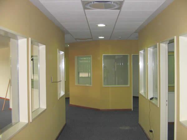 Tabiques divisorios con placas DURLOCK terminados