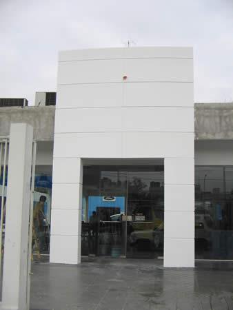revestimiento terminado fachada con placa superboard