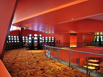 cielorrasos suspendido en 1er piso casino ushuaia